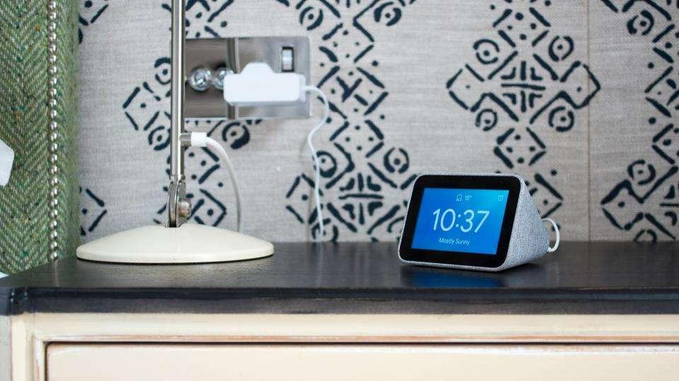 Lenovo Smart Clock review: The superb Google Assistant-powered alarm clock